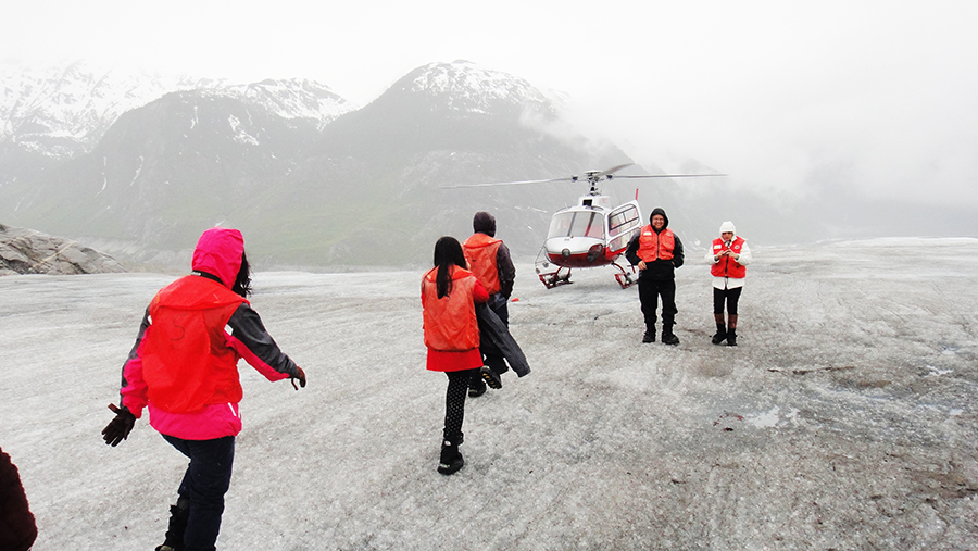 Alaska Adventures A helicopter ride and glacier walking 17