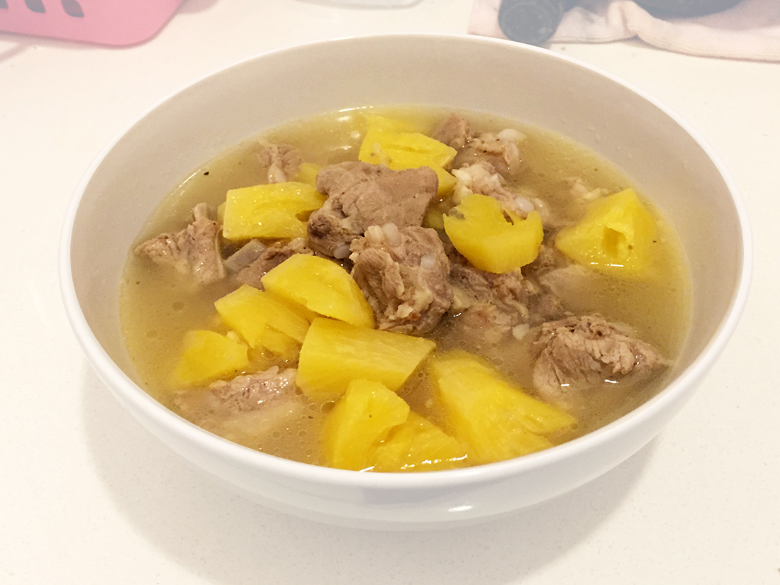 Pineapple and Pork Ribs Soup 12