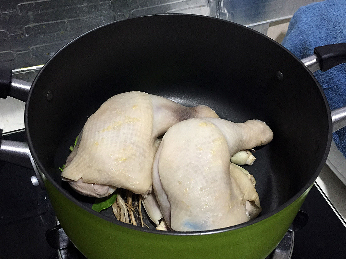 Boiled chicken with fish sauce 6