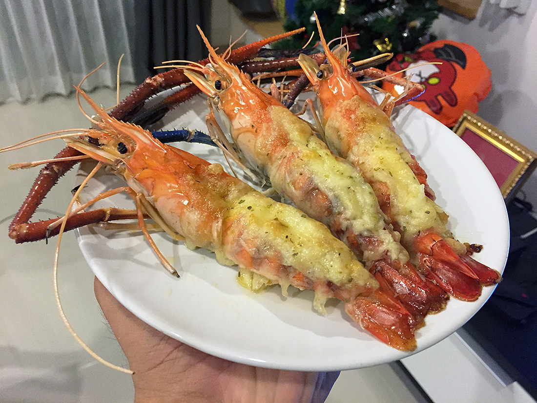 Baked River Prawn with Cheese 10