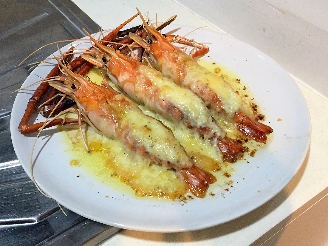 Baked River Prawn with Cheese 9