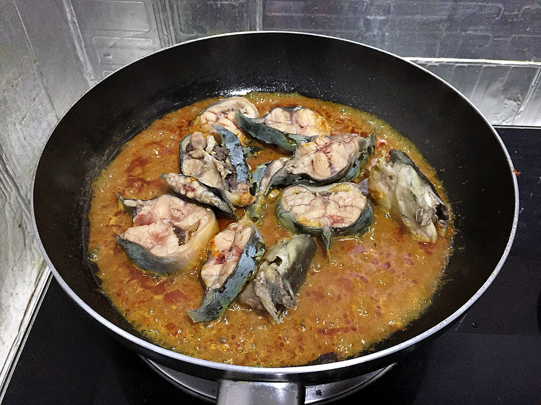 Catfish Curry with Cumin Leaves 10