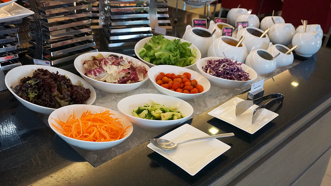 The Eight Restaurant Buffet Mercure Hotel Bangkok Siam 14