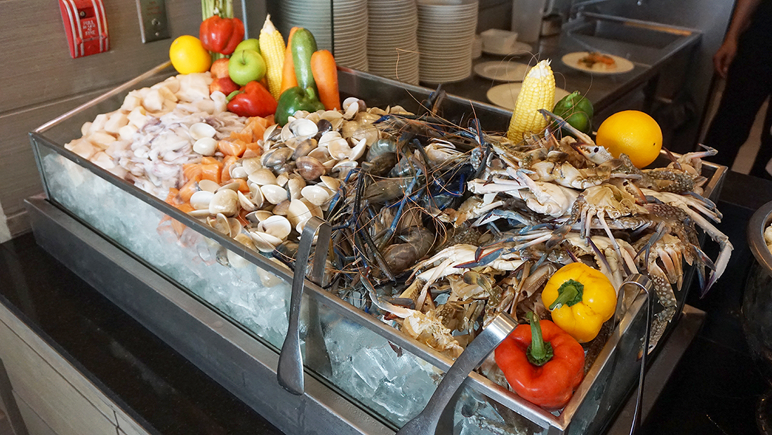 The Eight Restaurant Buffet Mercure Hotel Bangkok Siam 23