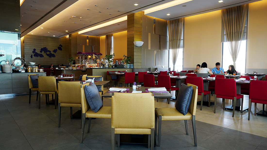The Eight Restaurant Buffet Mercure Hotel Bangkok Siam 3