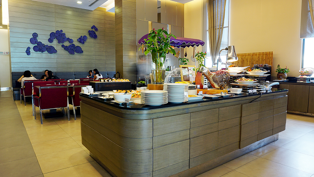 The Eight Restaurant Buffet Mercure Hotel Bangkok Siam 7