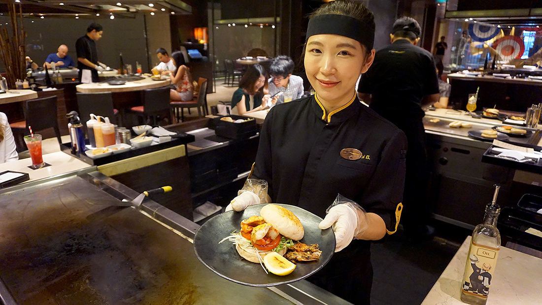 NAMI BURGERS AND RAMEN JW MARRIOTT BANGKOK 12