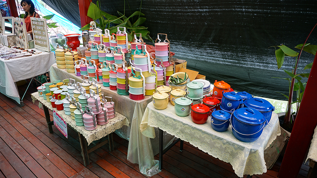 Taling Chan Floating Market 11