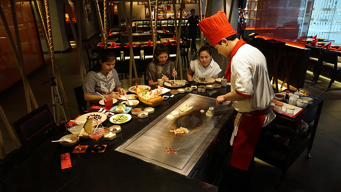 BENIHANA THE JAPANESE STEAKHOUSE AVANI Atrium Bangkok 24