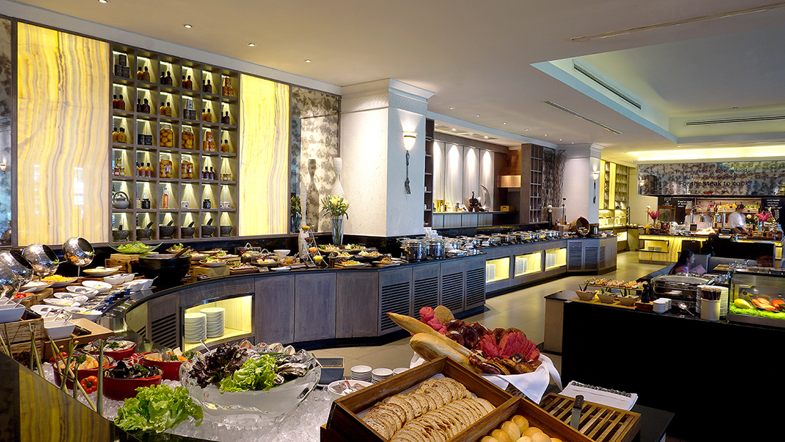 Sunday Brunch Buffet AVANI Atrium Bangkok Hotel 4