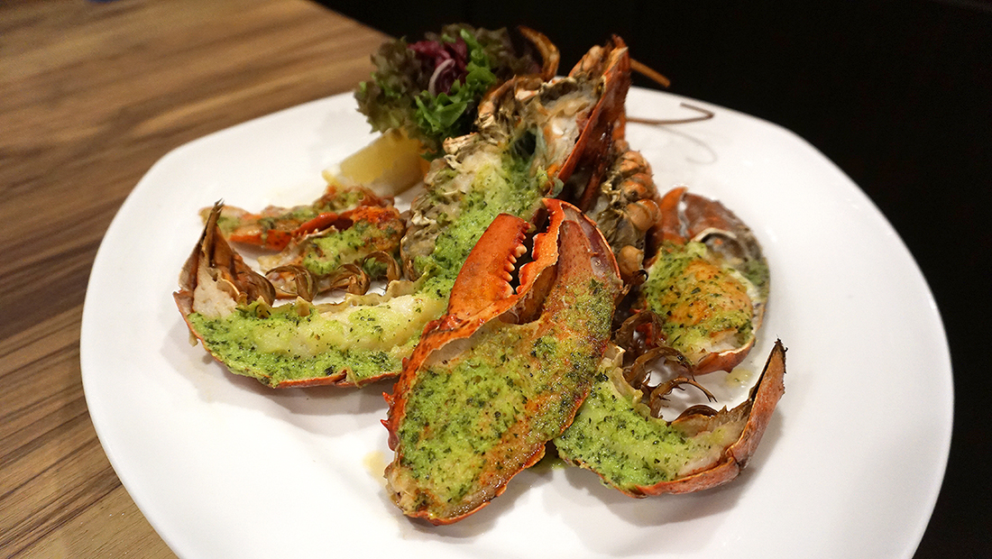 Charcoal Grill Seafood Buffet The Berkeley Hotel Pratunam 51
