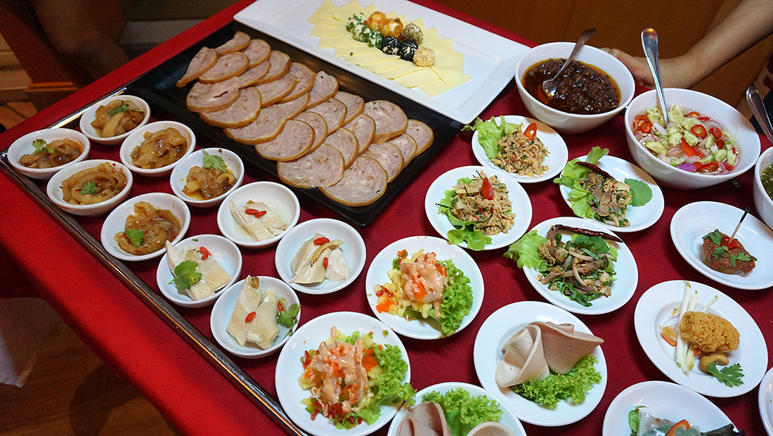 International Caravan Buffet Premium Selection BAIYOKE SKY HOTEL BANGKOK 30