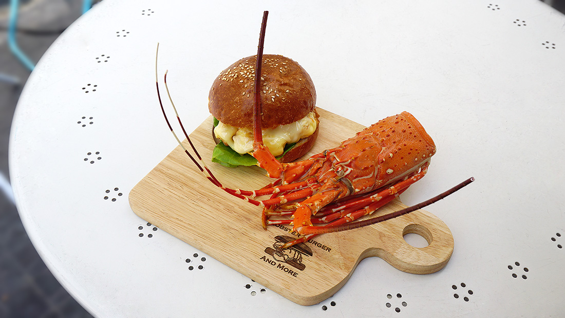 LOBSTER BURGER AND MORE 14
