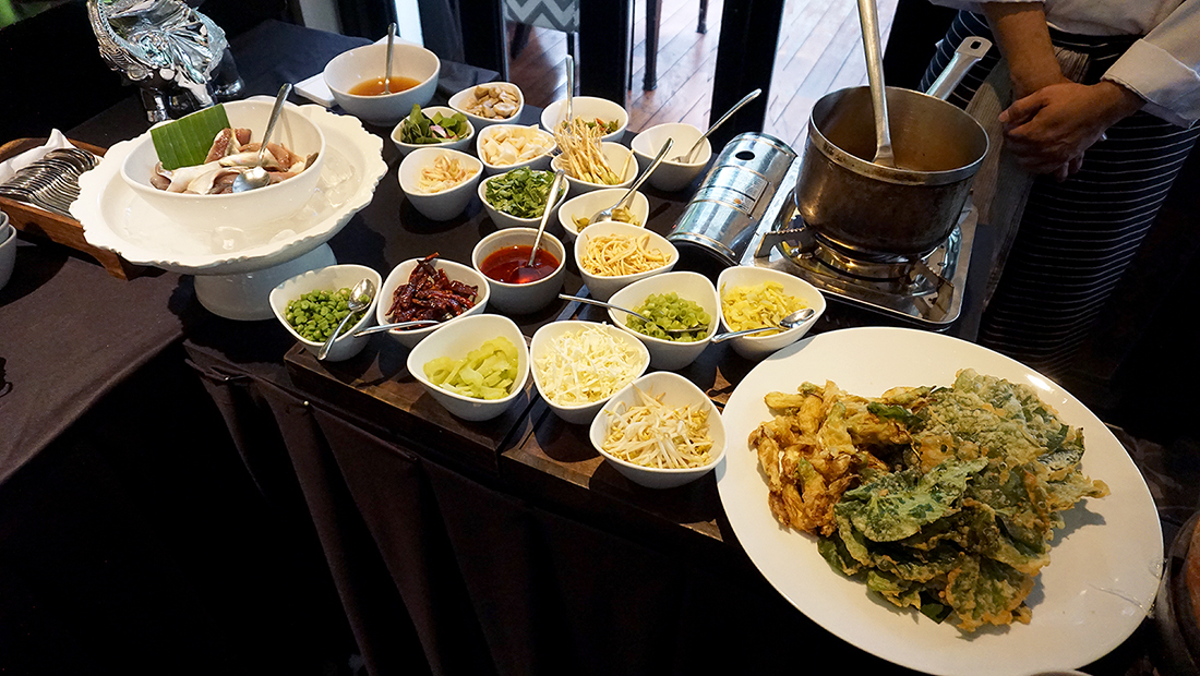 Miss Siam Buffet Hua Chang Heritage Hotel 11