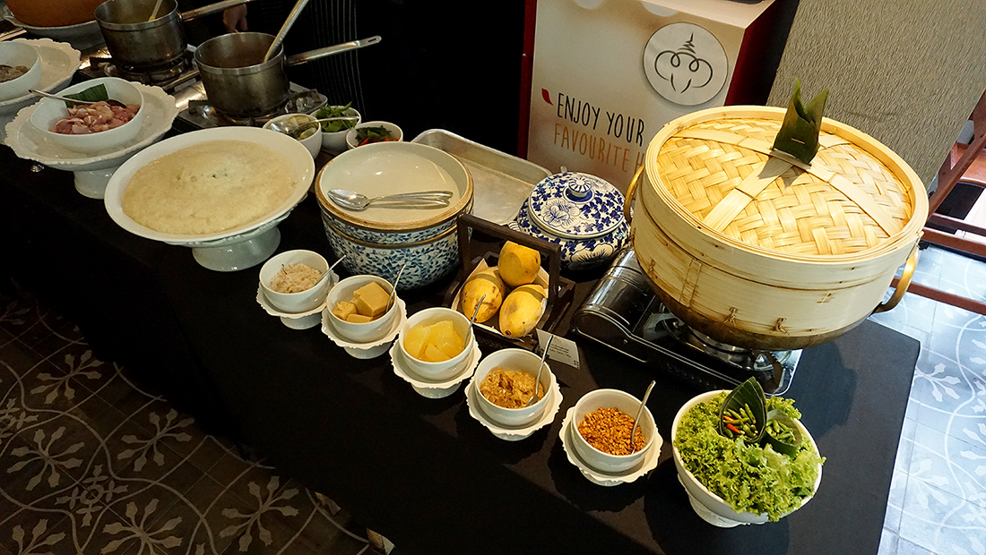 Miss Siam Buffet Hua Chang Heritage Hotel 12