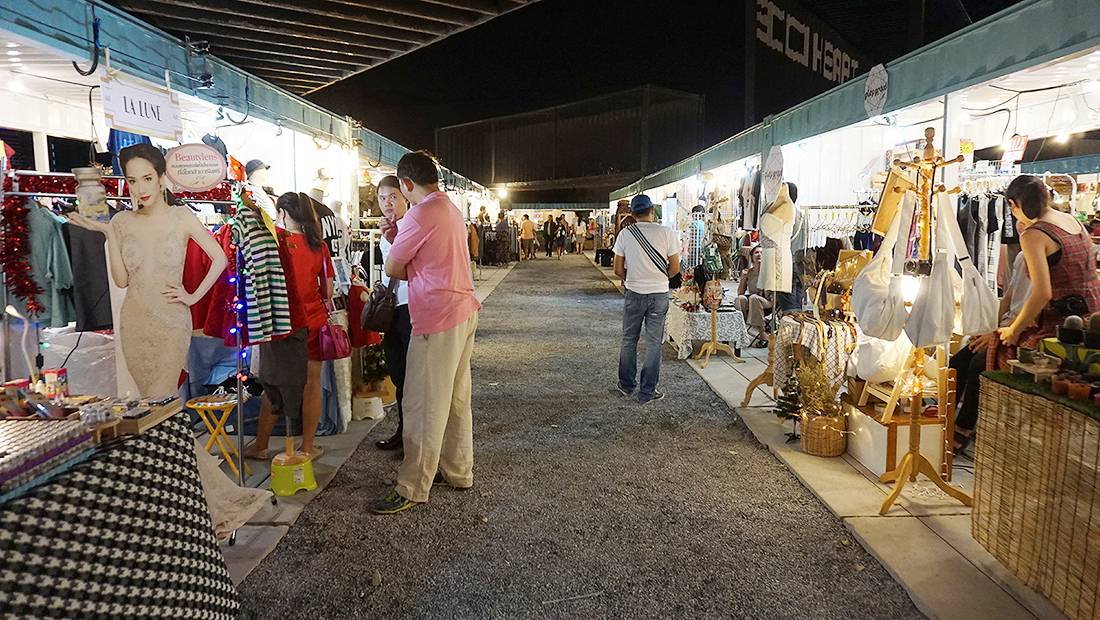 Oasis Outdoor Arena and Creative Market 17