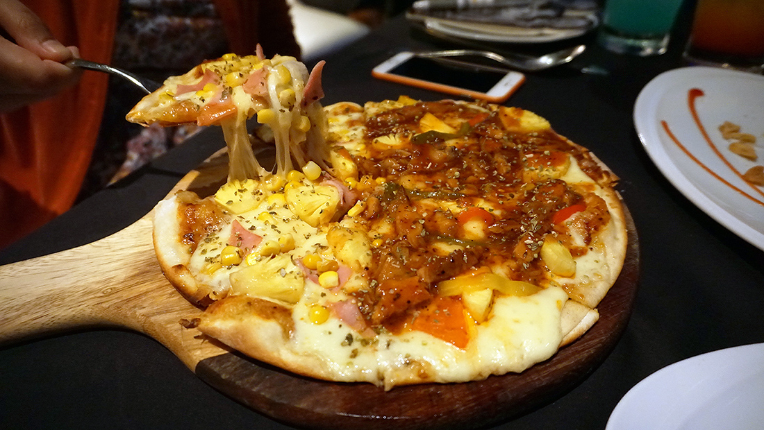 Medinii The Continent Hotel Sky Dining Unlimited Pasta Pizza 11
