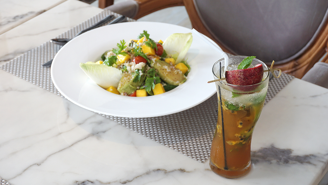 Eat Well Cafe at Well Hotel Bangkok 3