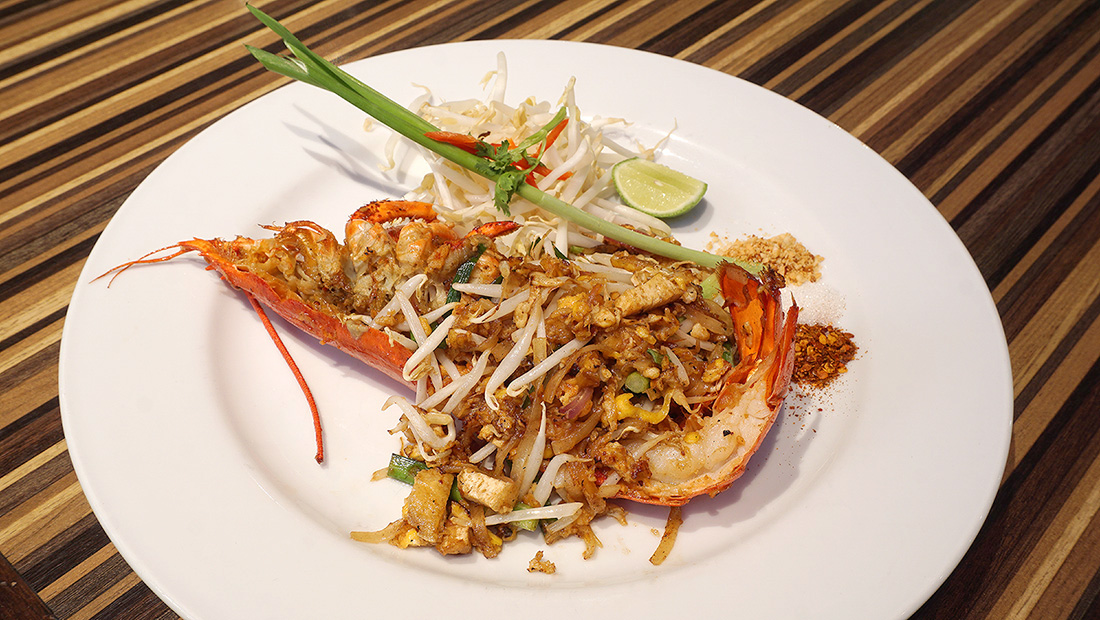 Live LOBSTER Sunday Brunch Siam at Siam Design Hotel Bangkok 44