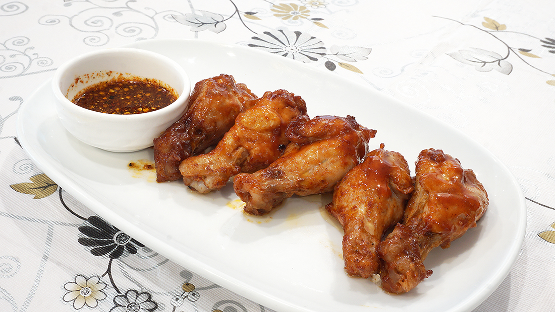 Miss Mon Ribs and Wings Delivery 6