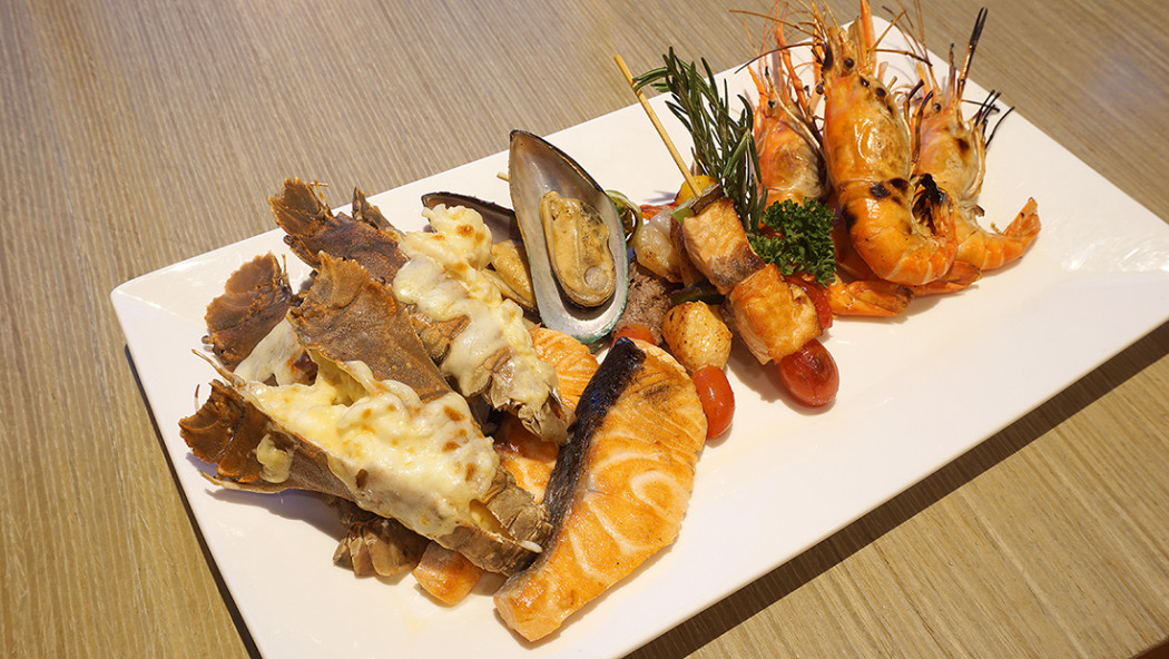 NOVOTEL Bangkok Platinum Pratunam Rock Lobster seafood Lovers 39