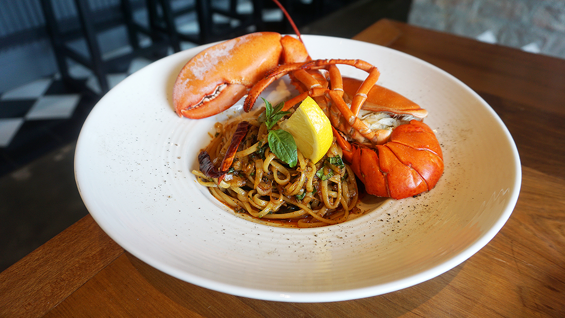 THE DOCK Seafood Bar by Thammachart Seafood 16
