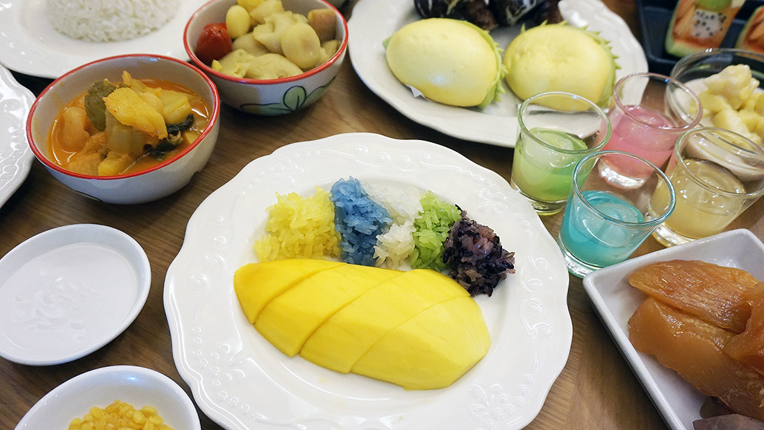 Fruit Court Baiyoke Sky Hotel 27