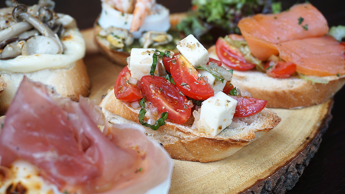 Crostini Rooftop Italian Restaurant and Bar 13