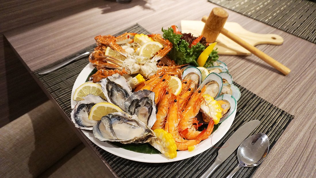 NOVOTEL BANGKOK FENIX SILOM All You Can Eat CRAB VOL2 39