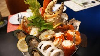 อิ่มจนแน่นกับบุฟเฟ่ต์อาหารทะเล แถมฟรี !!! กุ้งมังกรที่ อมาญา ฟู้ด แกลเลอรี่ @โรงแรมอมารี วอเตอร์เกท กรุงเทพฯ