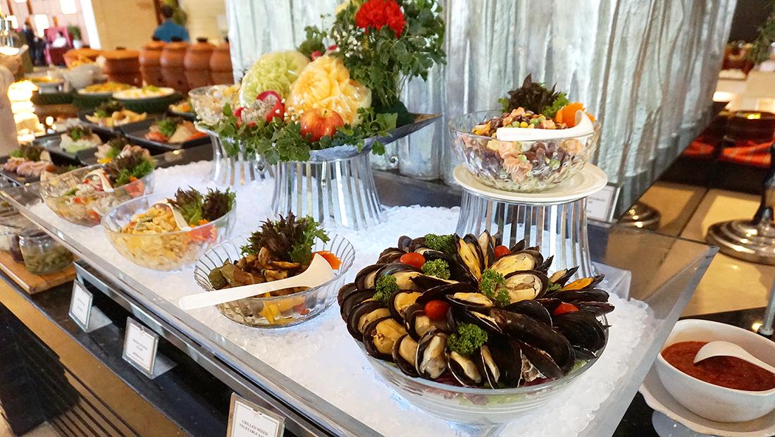 International Buffet Grand Cafe The Grand FourWings 28