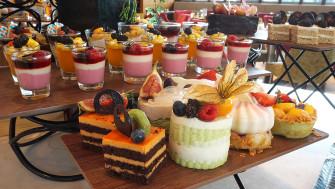 จัดอาหารไทย เบเกอรี่น่ากิ้น น่ากิน ที่ Grand Cafe โรงแรม The Grand FourWings กินไม่อั้น อิ่มไม่อั้น น้า