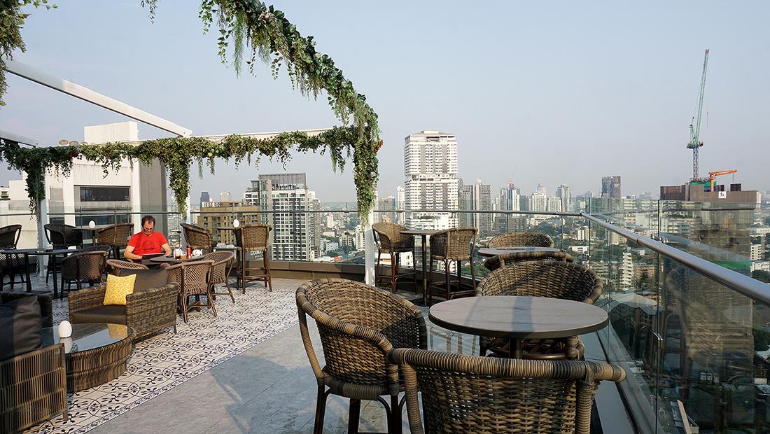 AIRE BAR RoofTop Bar HYATT PLACE BANGKOK 3