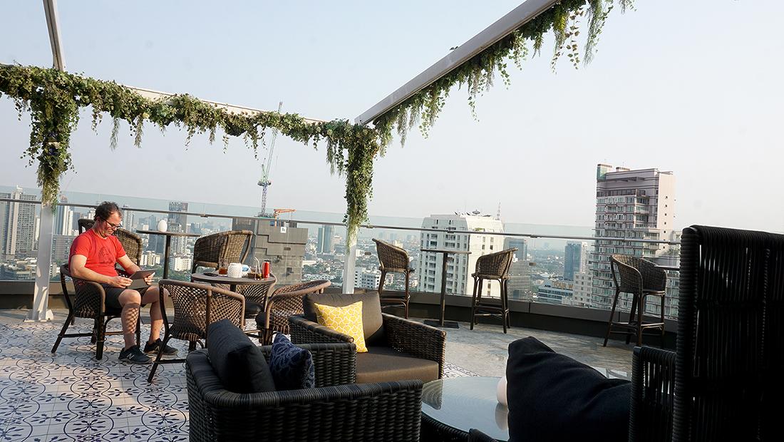 AIRE BAR RoofTop Bar HYATT PLACE BANGKOK 4