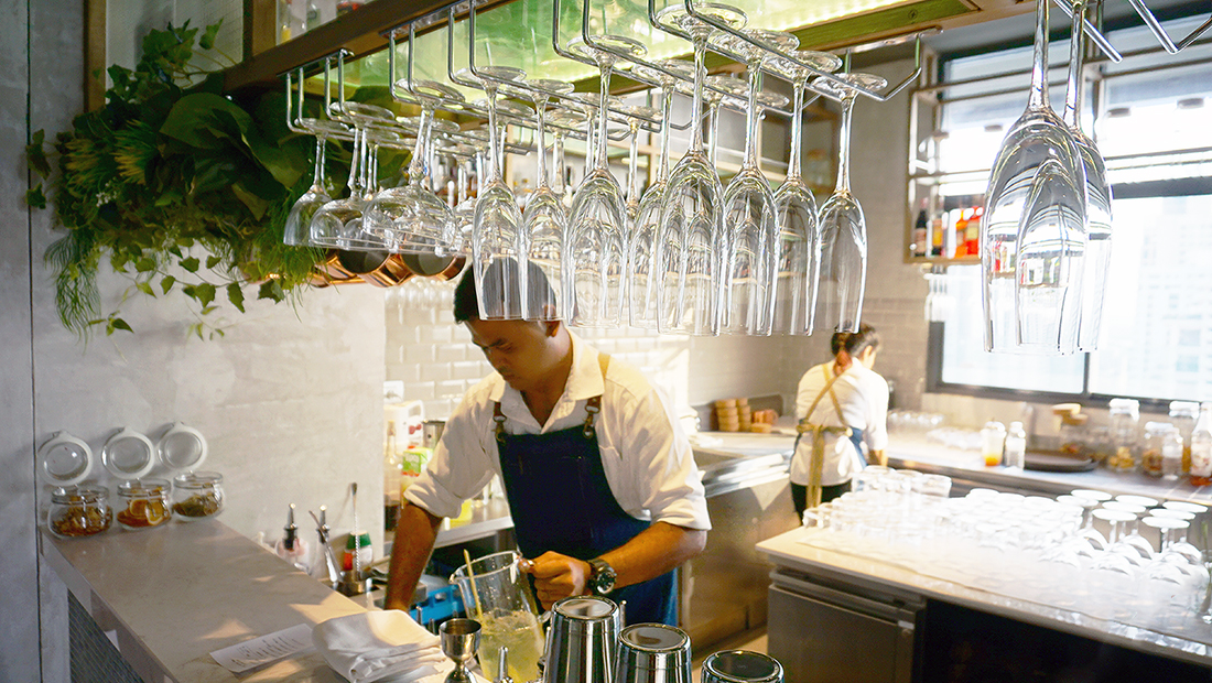 AIRE BAR RoofTop Bar HYATT PLACE BANGKOK 8