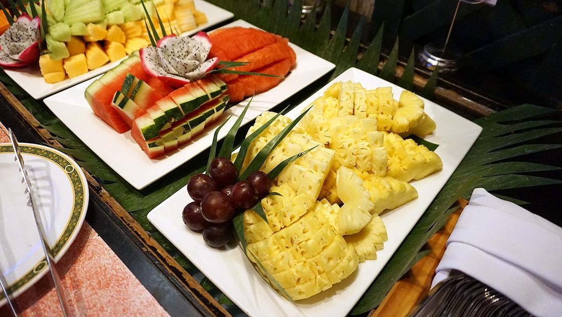 92 Cafe Golden Tulip Sovereign Bangkok 27
