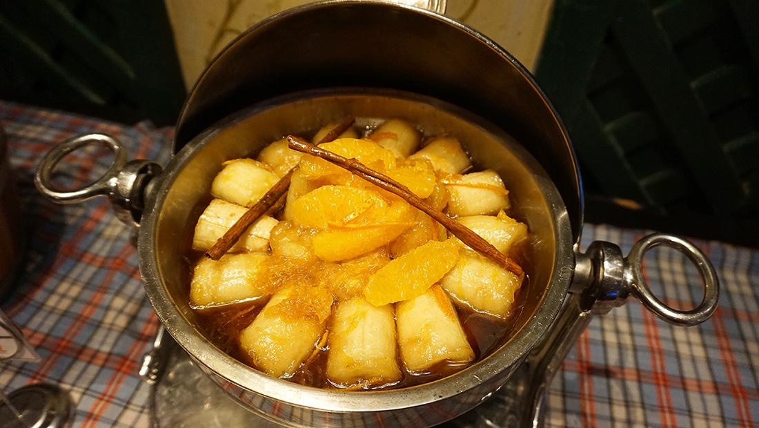 92 Cafe Golden Tulip Sovereign Bangkok 31