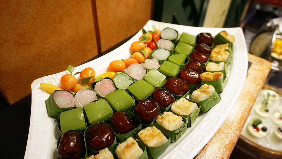92 Cafe Golden Tulip Sovereign Bangkok 32