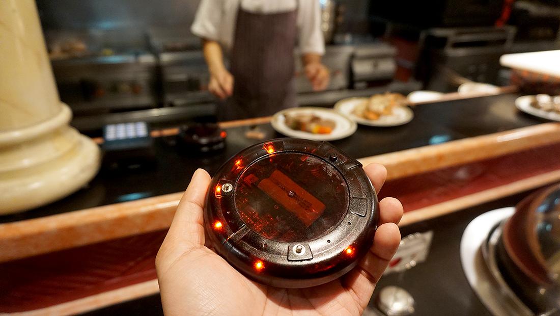 92 Cafe Golden Tulip Sovereign Bangkok 39