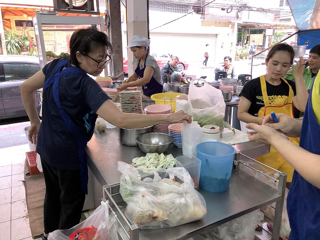 Rung Rueang Noodle 3