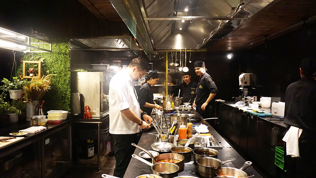 Medici Kitchen and Bar Hotel Muse Bangkok 6