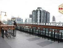 แฮงค์เอาต์หรูสไตล์โมเดิร์น จิบเบียร์บน Rooftop ที่ Brewski @Radisson Blu Plaza Bangkok ฟินเวอร์ ^^