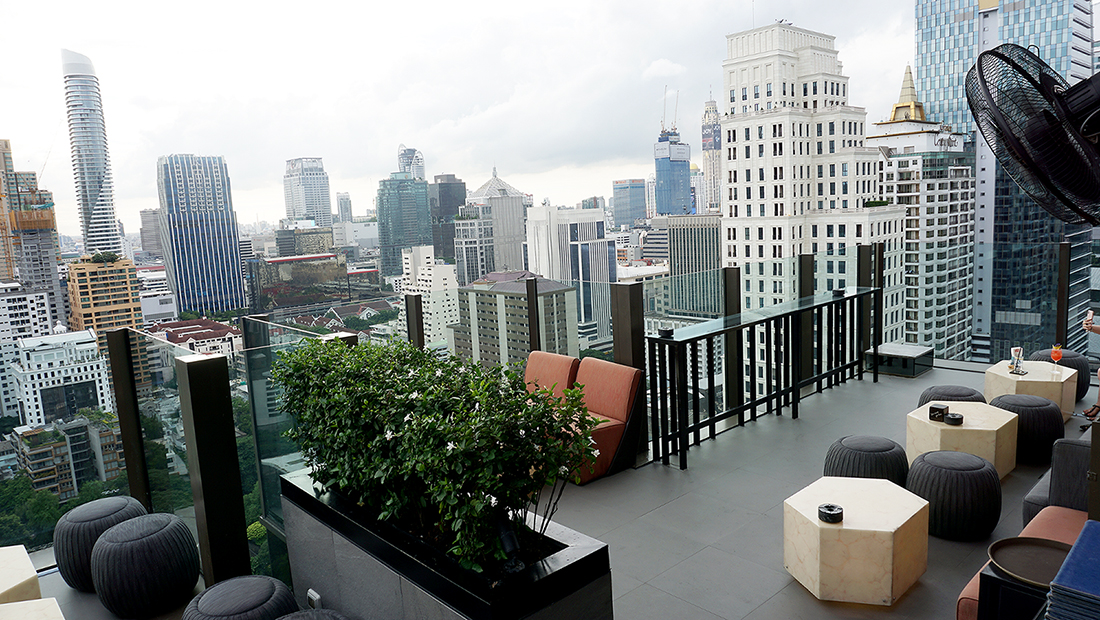 CHAR Restaurant and Rooftop Bar Hotel Indigo Bangkok Wireless Road 2
