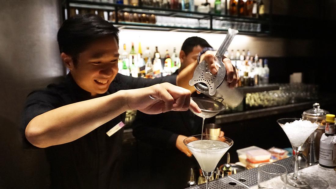 CHAR Restaurant and Rooftop Bar Hotel Indigo Bangkok Wireless Road 31