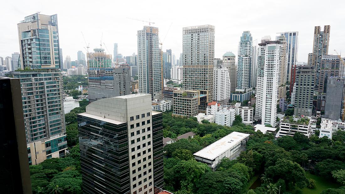 CHAR Restaurant and Rooftop Bar Hotel Indigo Bangkok Wireless Road 7