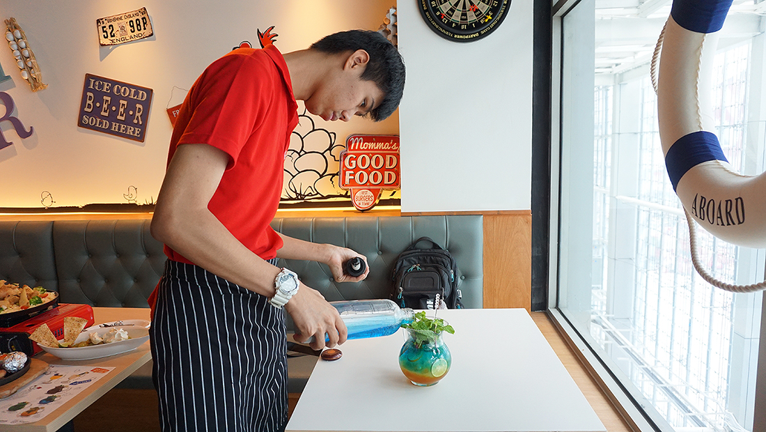 Chir Chir Fusion Chicken Factory Thailand 13