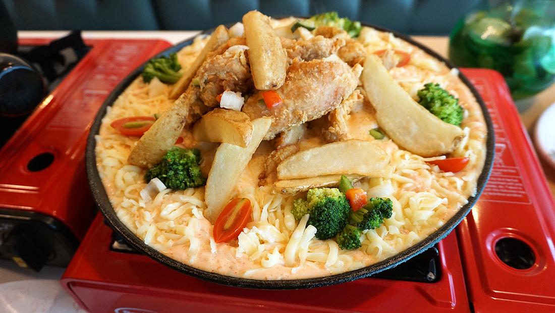Chir Chir Fusion Chicken Factory Thailand 17