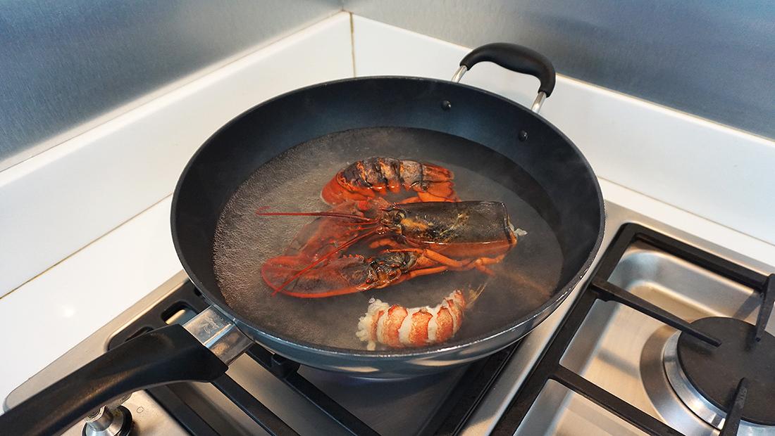 Pad Thai Maine Lobster 10