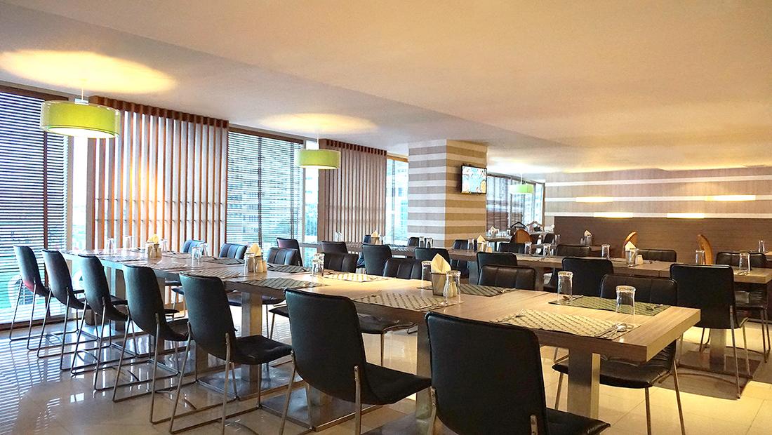 Prawns Ja Season 2 Novotel Hotels and Resorts Bangkok Fenix Silom 1