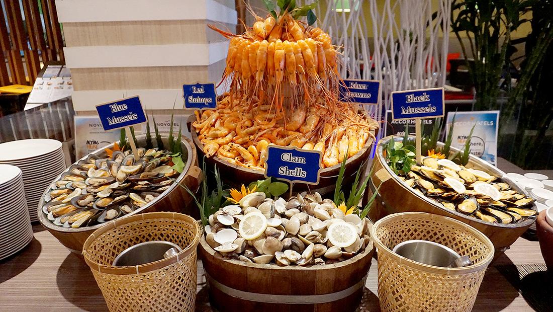 Prawns Ja Season 2 Novotel Hotels and Resorts Bangkok Fenix Silom 2
